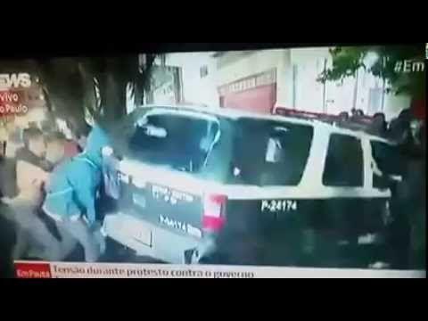 """RS Notícias: Aí está o pessoal que é """"contra o golpe, em defesa..."""