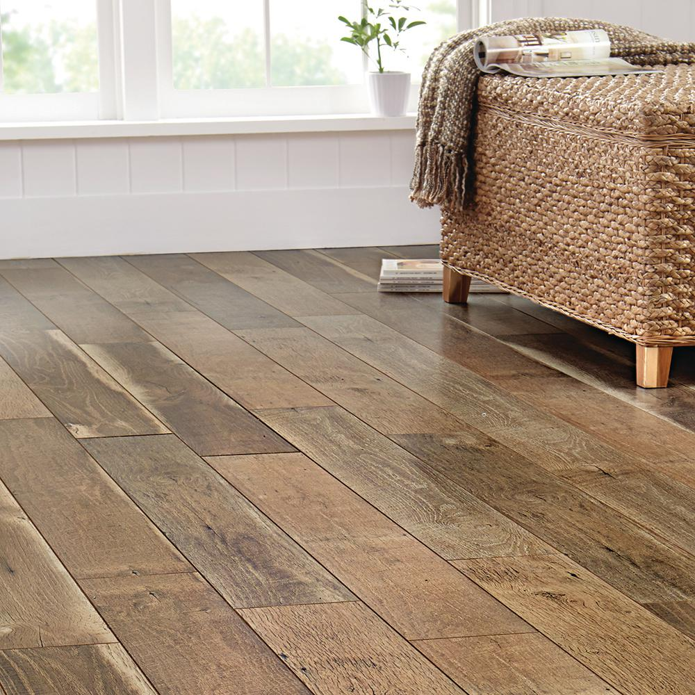 Home Decorators Collection Ann Arbor Oak 8 Mm Thick X 6 1 8 In Wide X 47 5 8 In Length Laminate Flooring 20 32 Sq Ft Case 368421 00309 The Home Depot In 2020 Laminate Flooring Cheap Hardwood Floors Flooring