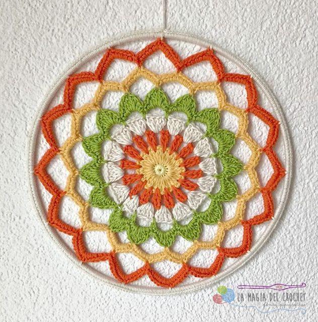 Mandala a Crochet: 10 Patrones Gratis - Arte Friki | tapiz crochet ...