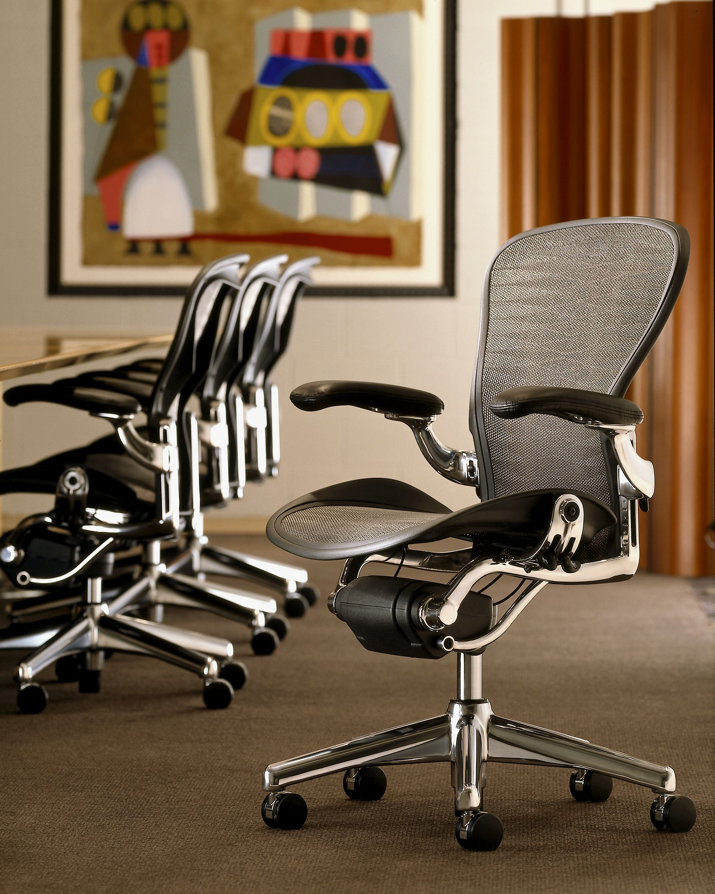Herman Miller Aeron Chair Polished Aluminum Base With Graphite