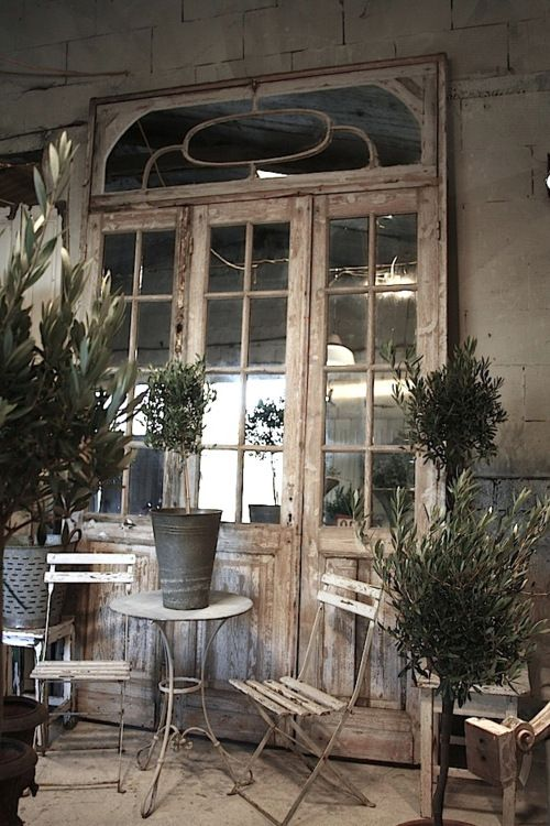 Cafe Table And Chairs. This Ivy House