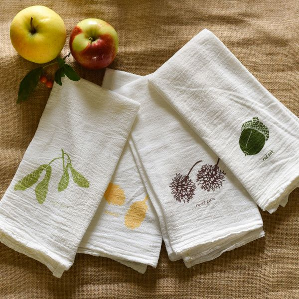 Add a touch of Fall to your Dining Table this Autumn with these Flour Sack Napkins. Features Sugar Maple, Sweet Gum, Acorn and Hemlock Cones, each design is individually screen printed and they are safe to bleach.