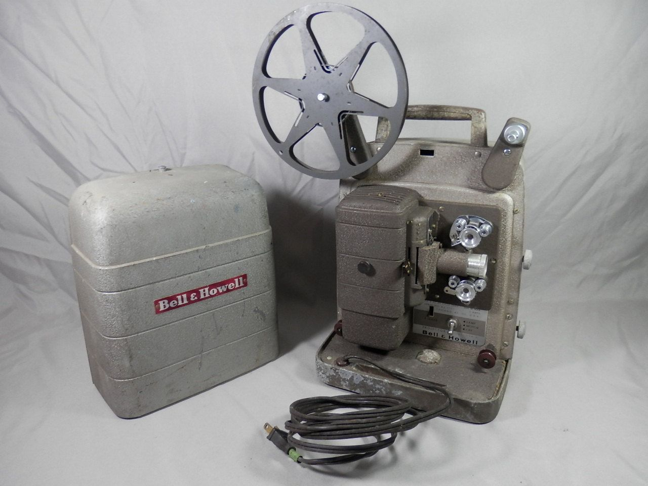 Vintage Bell & Howell Model 254R 8mm Movie Film Projector
