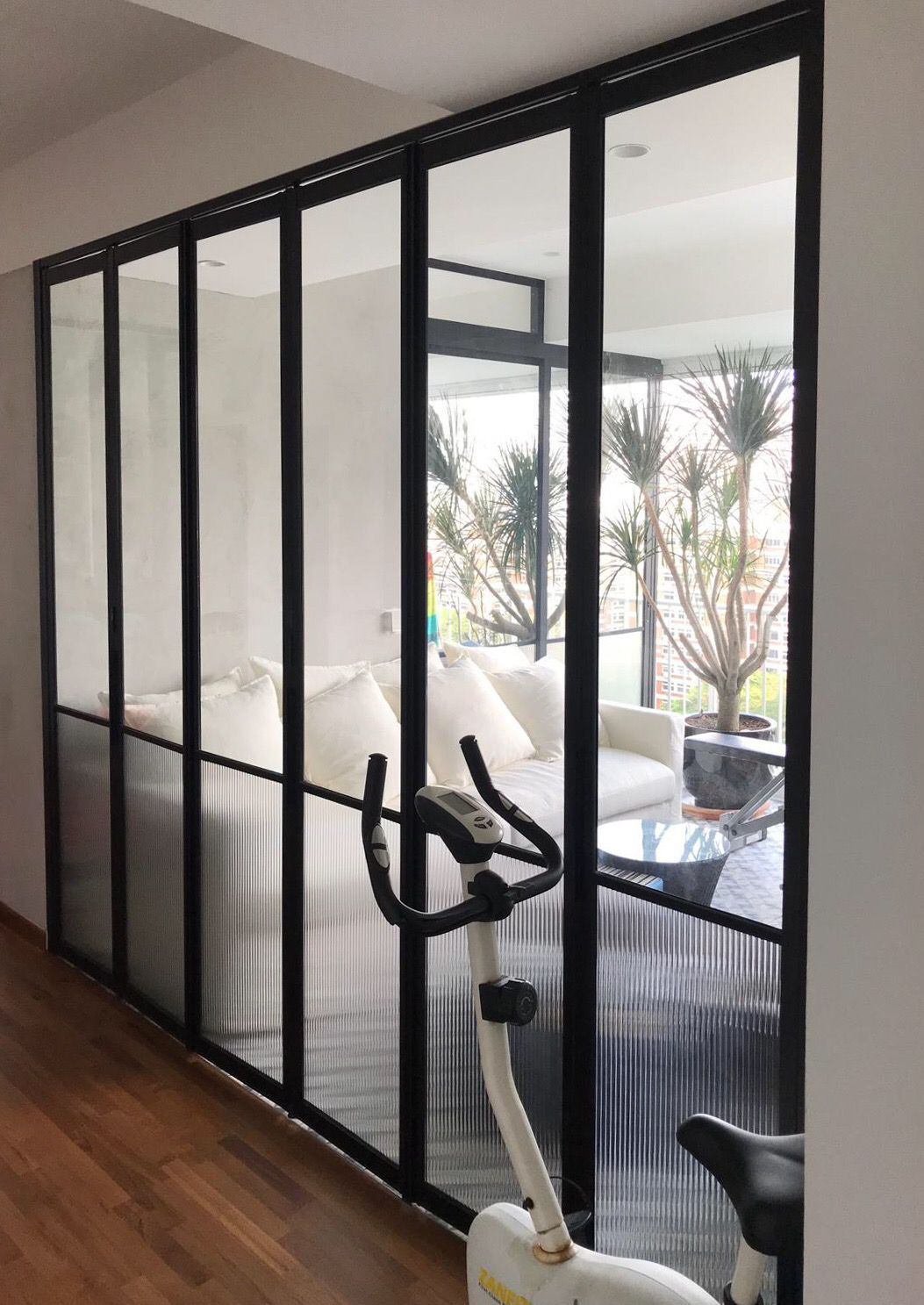 Asolidplan Creates A Flexible Living Space With Movable Walls Movable Walls Interior Design Singapore Living Spaces