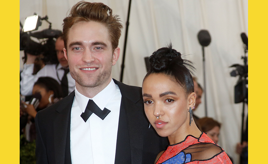 Robert pattinson currently dating