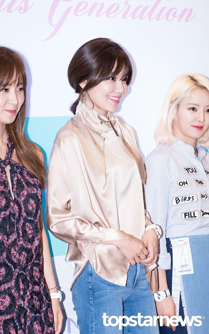 [HD포토] 소녀시대(SNSD) 수영 男心 저격하는 미소 #topstarnews