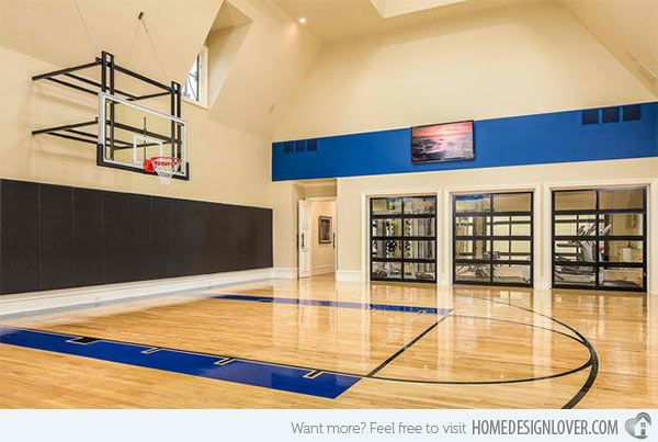 15 Tips For Indoor House Basketball Courts Http Www Interiorblogdaily Com Interior Design Ideas 1 Home Basketball Court Home Gym Design Indoor Sports Court