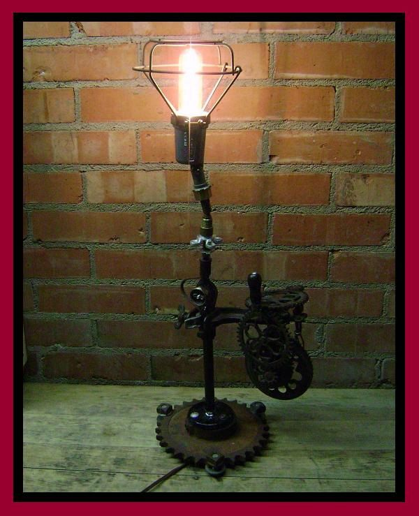 Classic Antique Lamp. God I Want This!