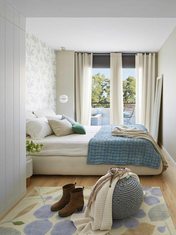 kleines schlafzimmer einrichten doppelbett blumenmuster teppich - schlafzimmer einrichtung sie ihn