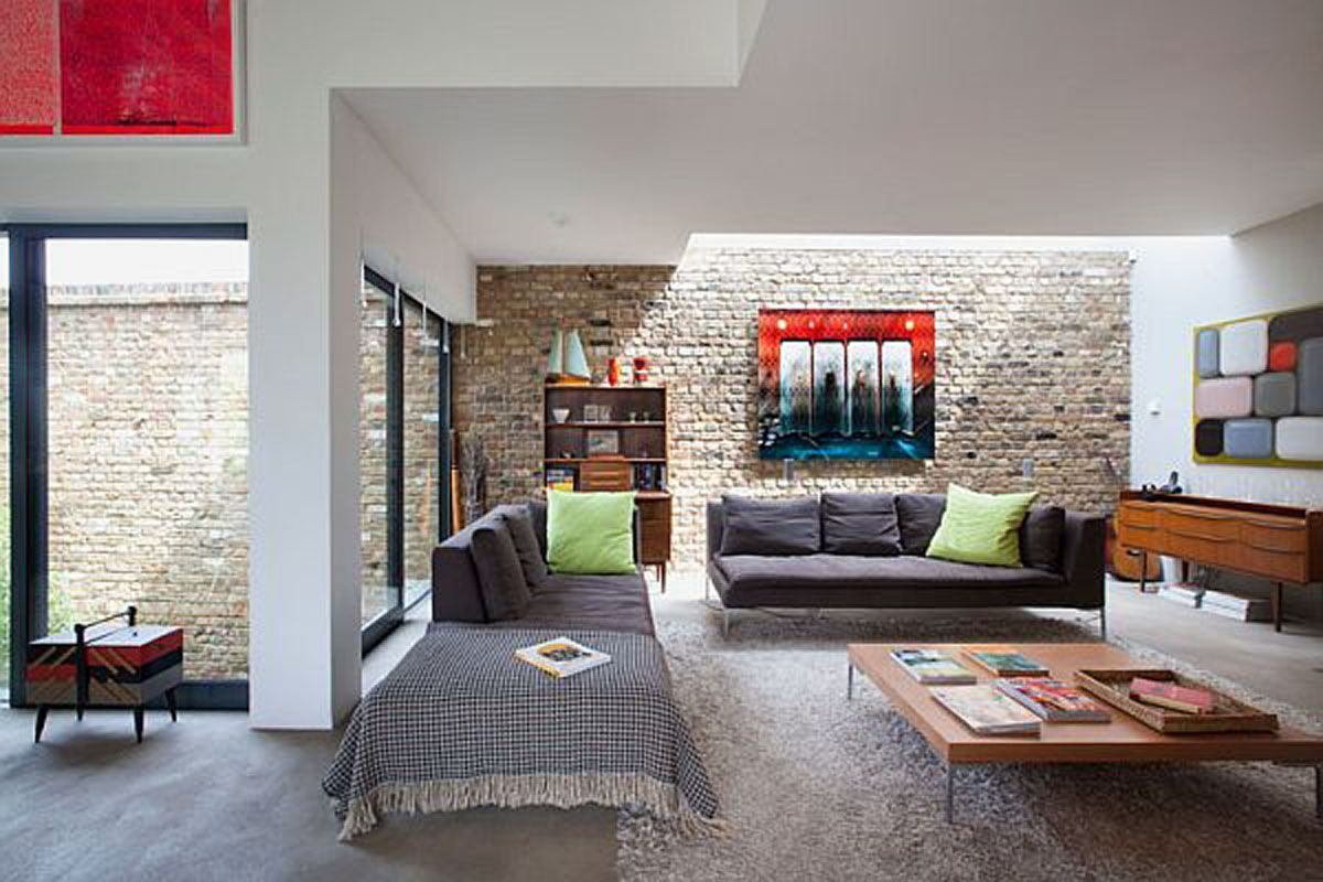 Contemporary Home Interiors | Modern living room in rustic home ...