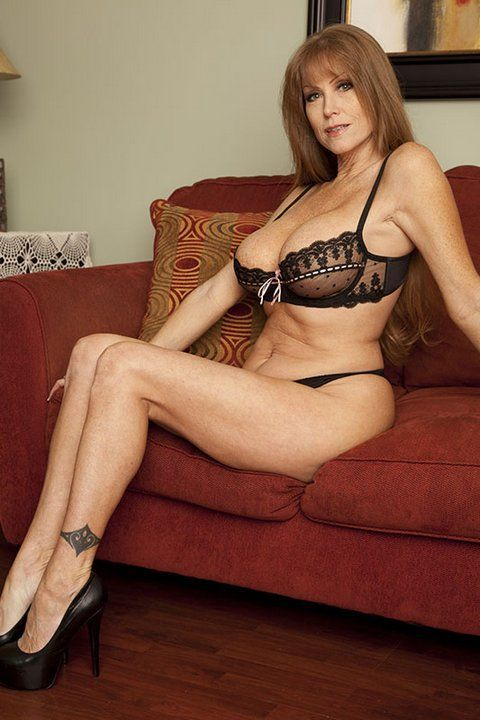 mature cougar pornstar and escort