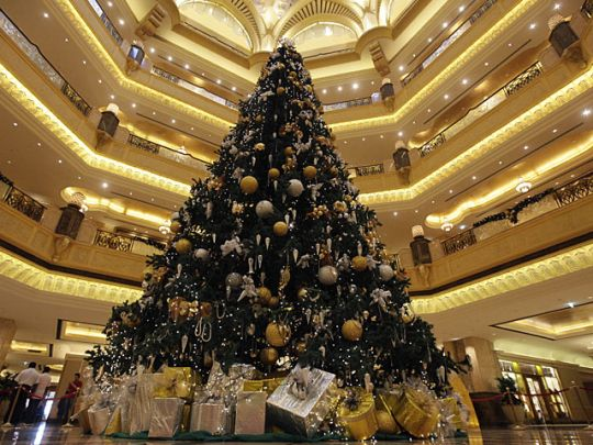 The Emirates Palace Hotel Abu Dhabi United Arab Emirates 2010 Gold Christmas Tree Gold Christmas Tree Decorations Unusual Christmas Trees