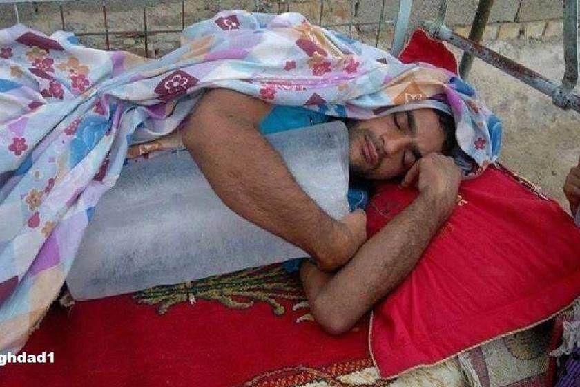 وفاة طفل بفعل حرارة الجو واهمال والده في كركوك Summer Heat Humor India Funny Funny Pictures