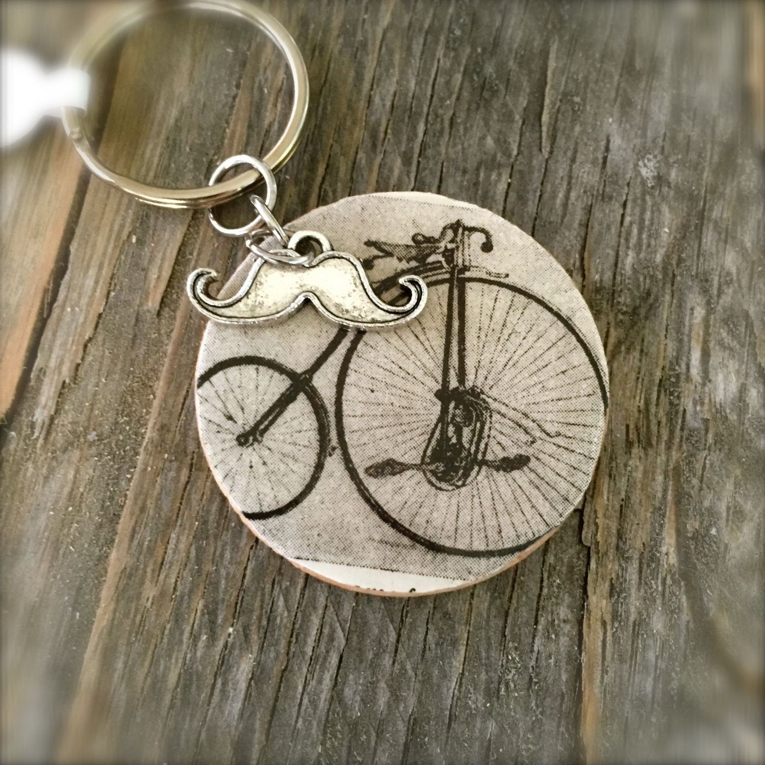 Antique Bicycle Keychain, OOAK by SelfieChicBoutique on Etsy