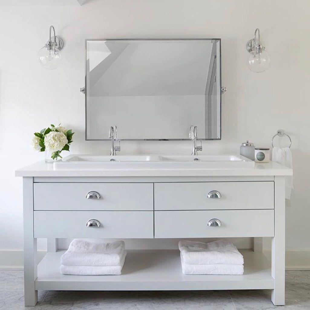 Follow the link for some great modern farmhouse bathroom