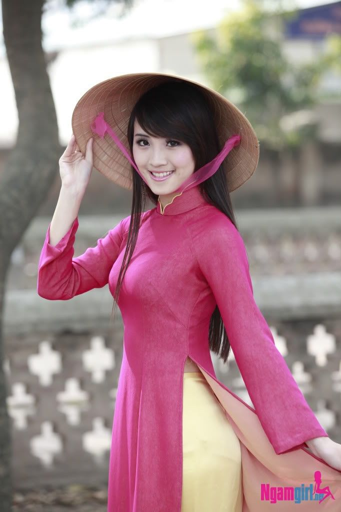 Cool Ao Dai  Vietnamese Clothing  Vietnam Travel