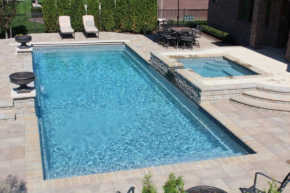 rectangle pool with water feature google search - Rectangle Pool With Spa