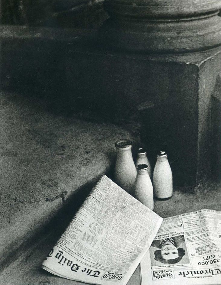 Bill Brandt, The Morning Papers, 1936