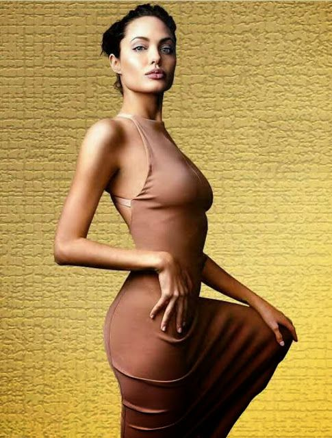 fotos de famosas totalmente desnudas folleto de mujeres desnudas diseñadores