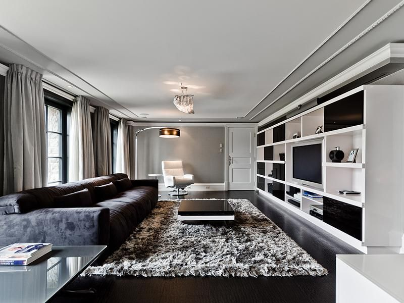 Grey White Modern Living Room Montreal Canada Sotheby S International Realty Quebec Interiores Interiores Design Hogar