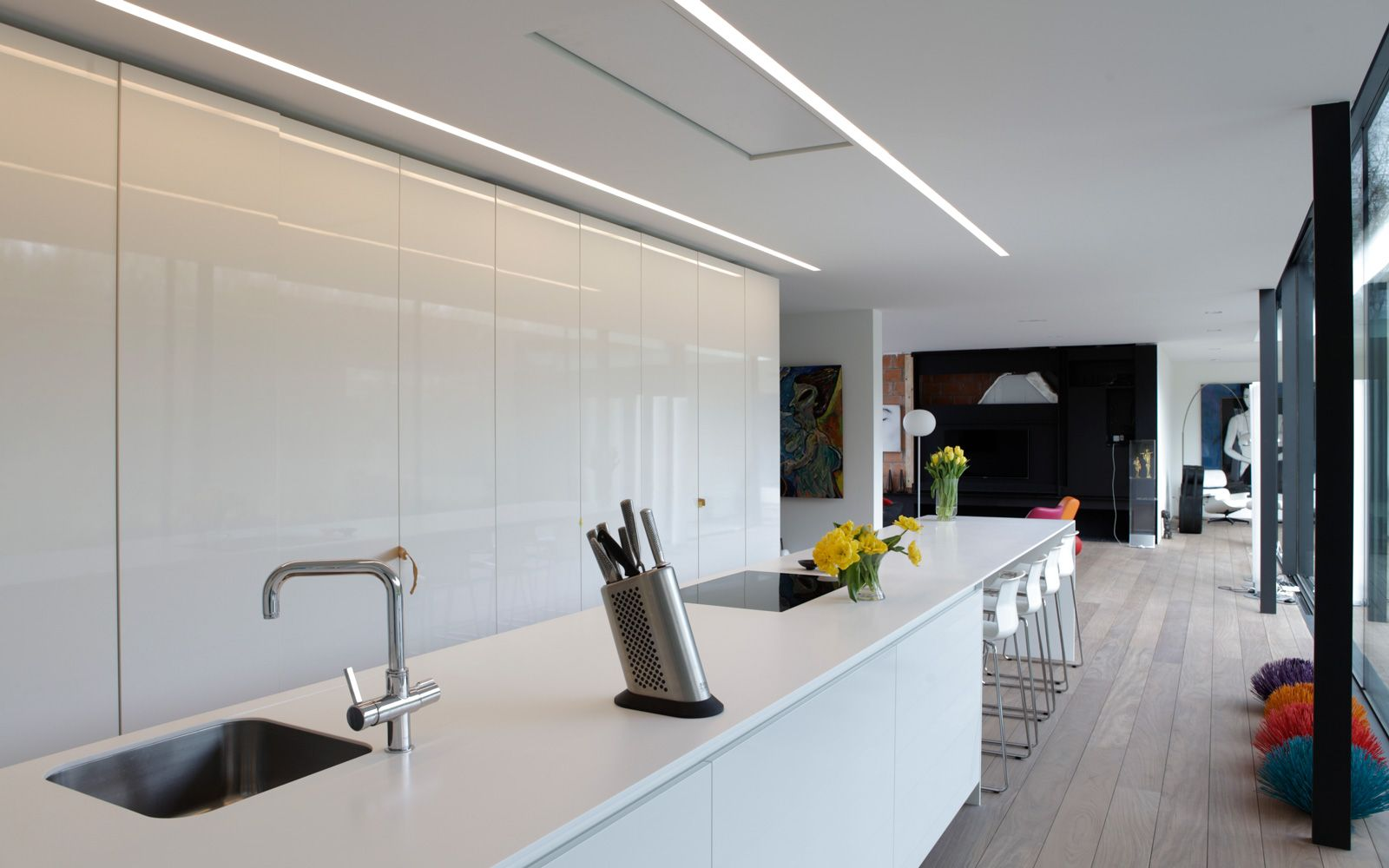Modern white kitchen ] architectuurburo govaert en vanhoutte #villa