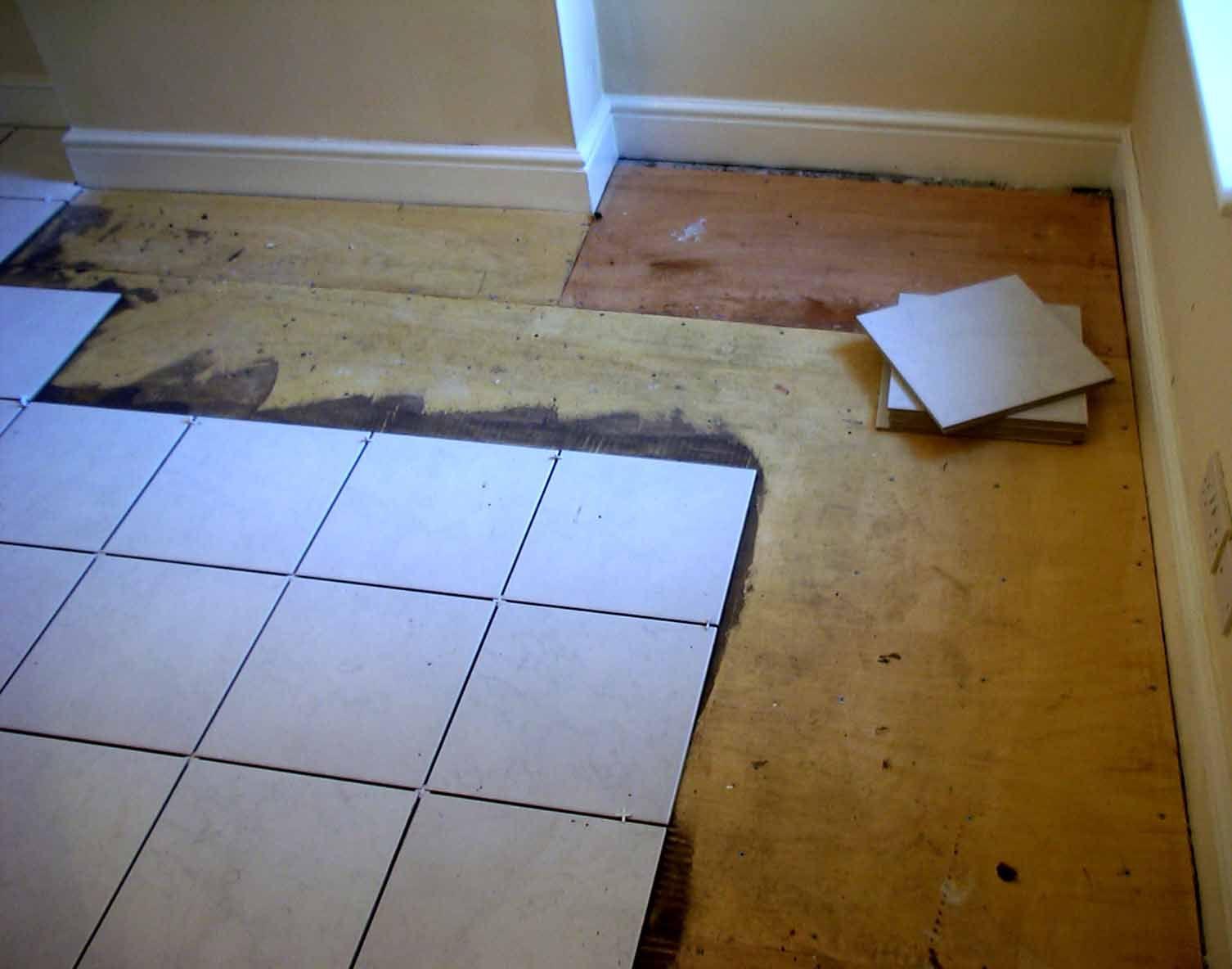 Укладка плитки на деревянный пол в бане Чтобы уложить ...