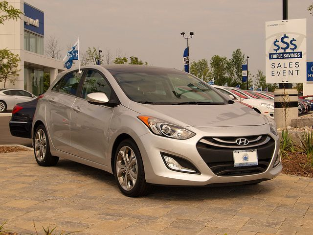 Driving Hyundai Elantra 1 Million Miles In 5 Years Elantra Hyundai Elantra Hyundai