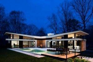The Brady Bunch ain't got NOTHIN' on this house! Cablik - Atlanta modern home - Argonne rear exterior dusk