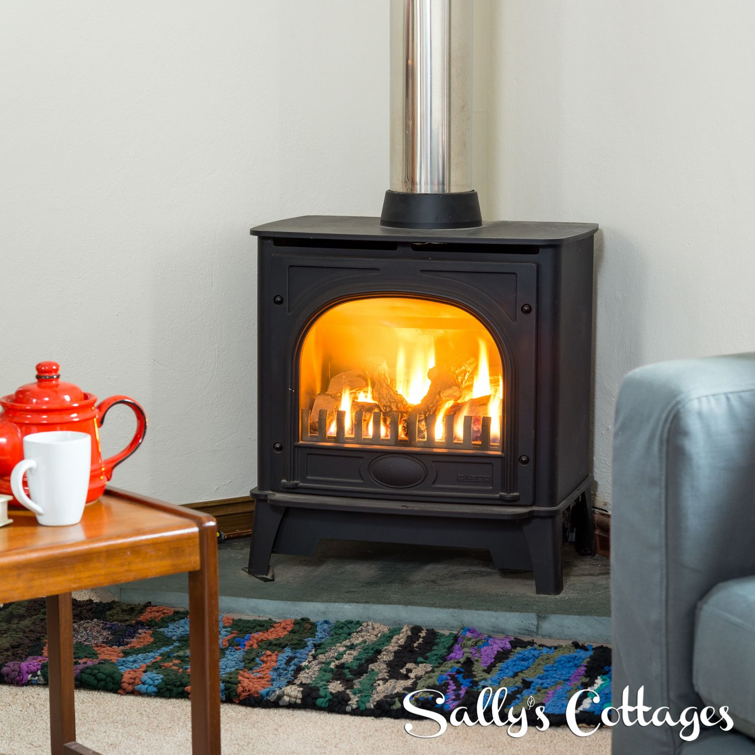 What could be more perfect than a cup of tea and a fireside sofa...