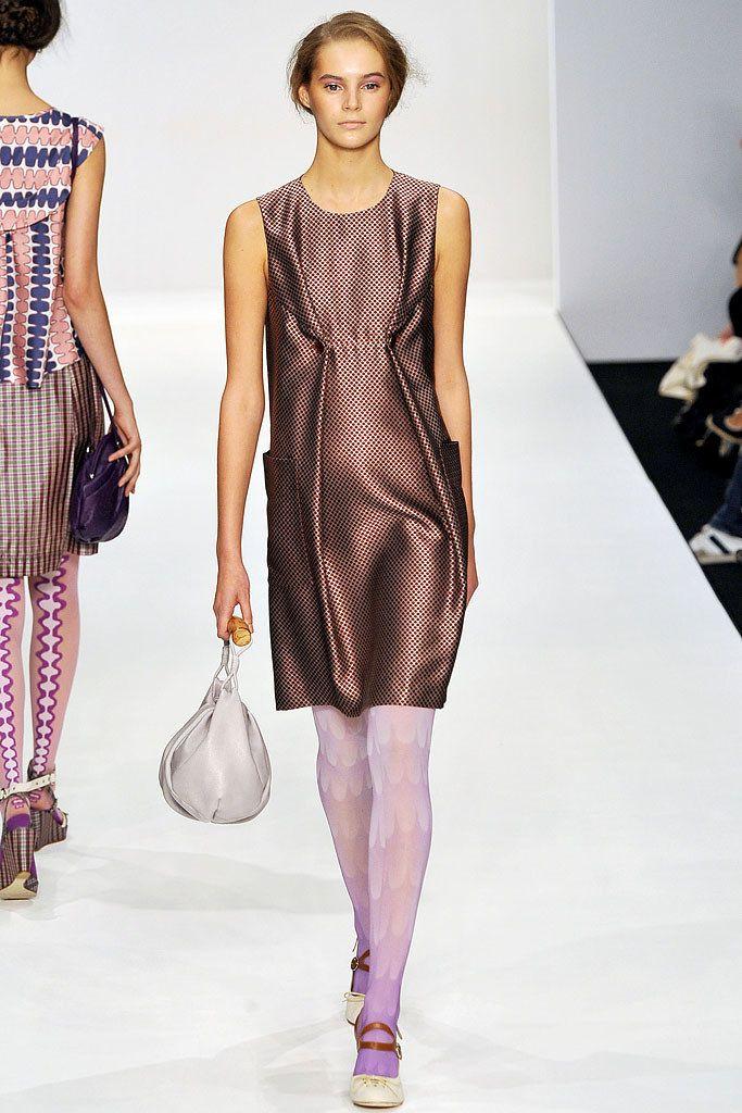 Eley Kishimoto Spring 2009 Ready-to-Wear Fashion Show - Juju Ivanyuk
