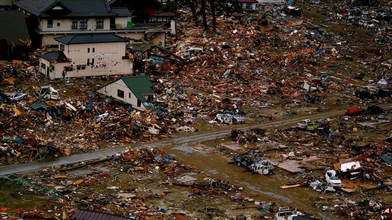 أقوى الزلازل في تاريخ البشرية Emergency Earthquake Mother Nature