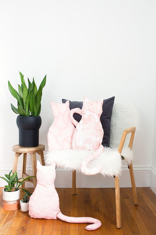DIY No-Sew Cat Pillow with Free Pattern | Patrones, Telas y ...
