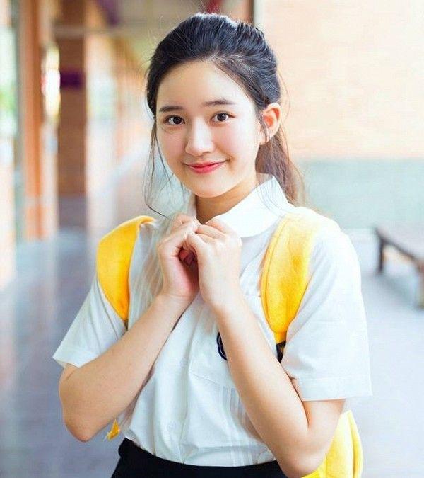 Rosy), born in chengdu, sichuan province, is a chinese actress. Zhao Lusi/   Selebritas, Gadis ulzzang, Wanita