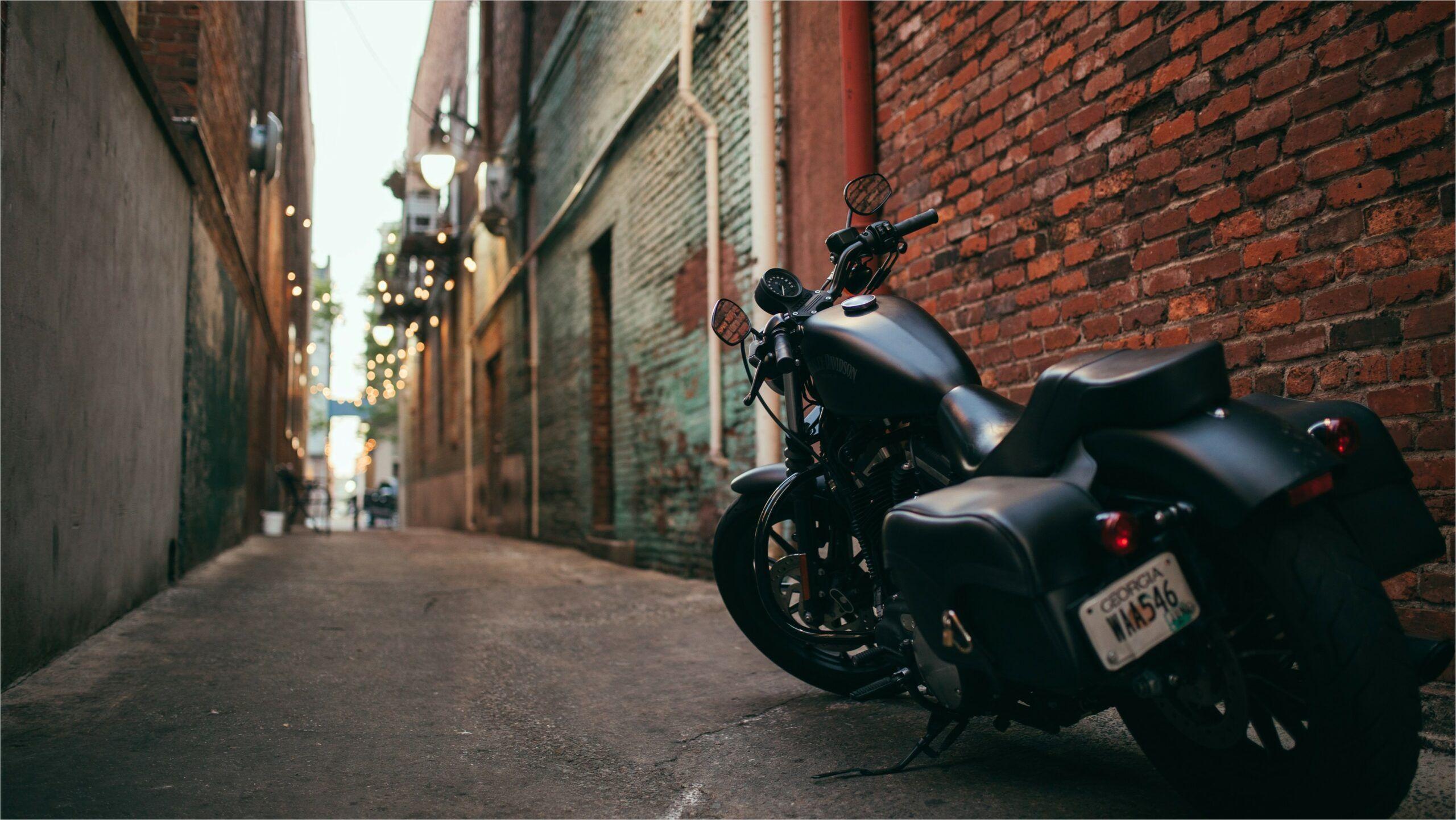 Harley Davidson 4k Wallpaper In 2020 Motorcycle Badass