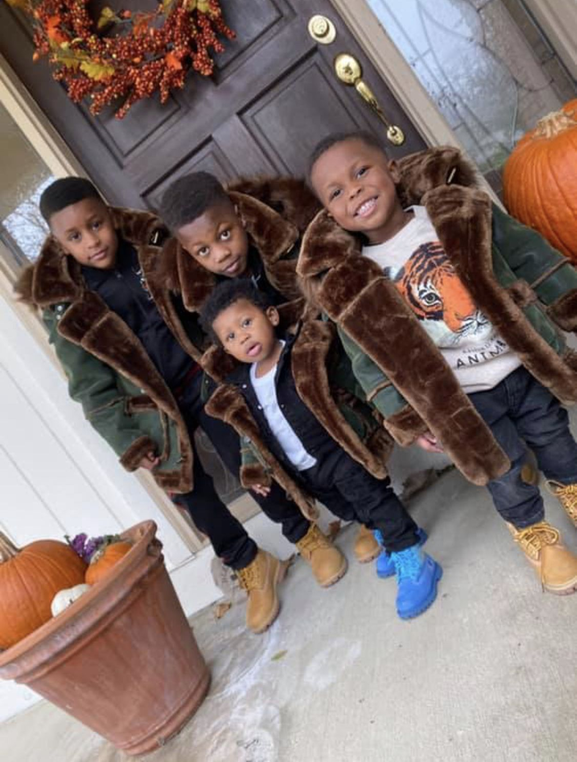 I Love Heart Winter squashes Black Kids Sweatshirt
