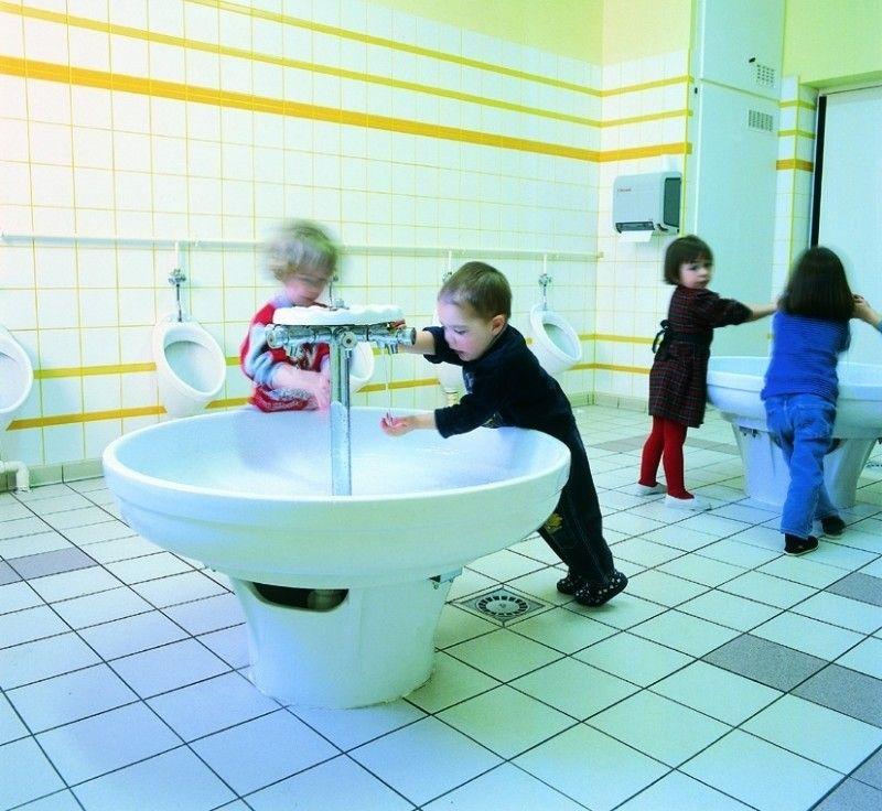 Muebles bano colegios 0 ba os colegio pinterest for Lavamanos para ninos