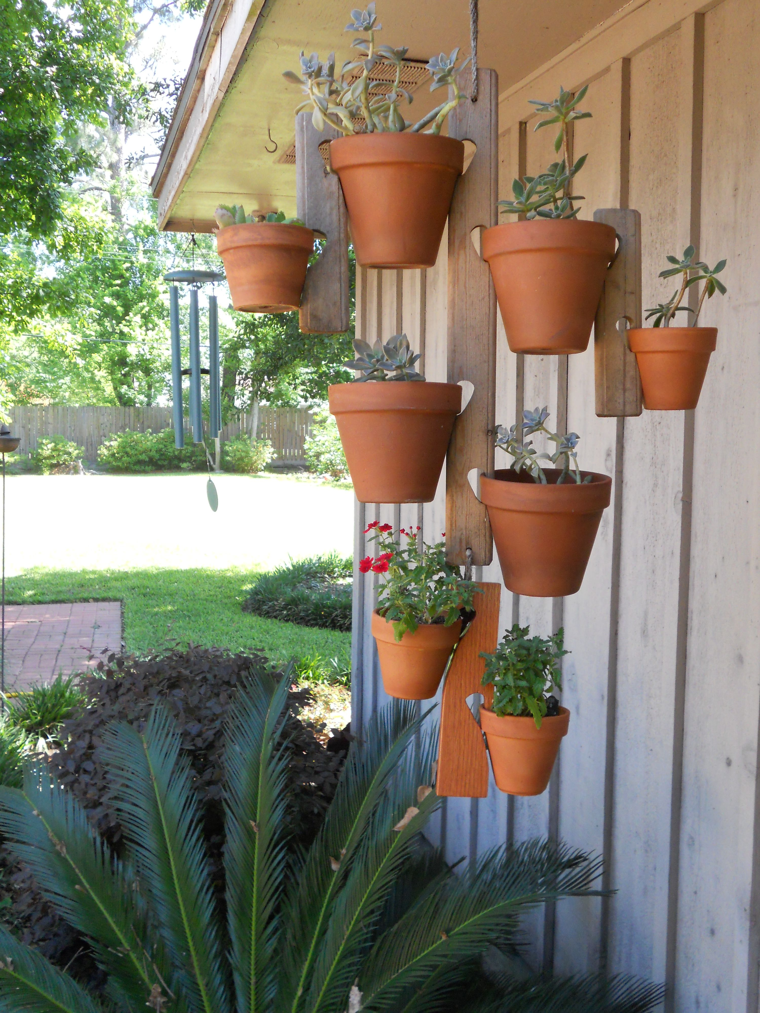 Clay pot holder Diy flower pots, Plant stands outdoor