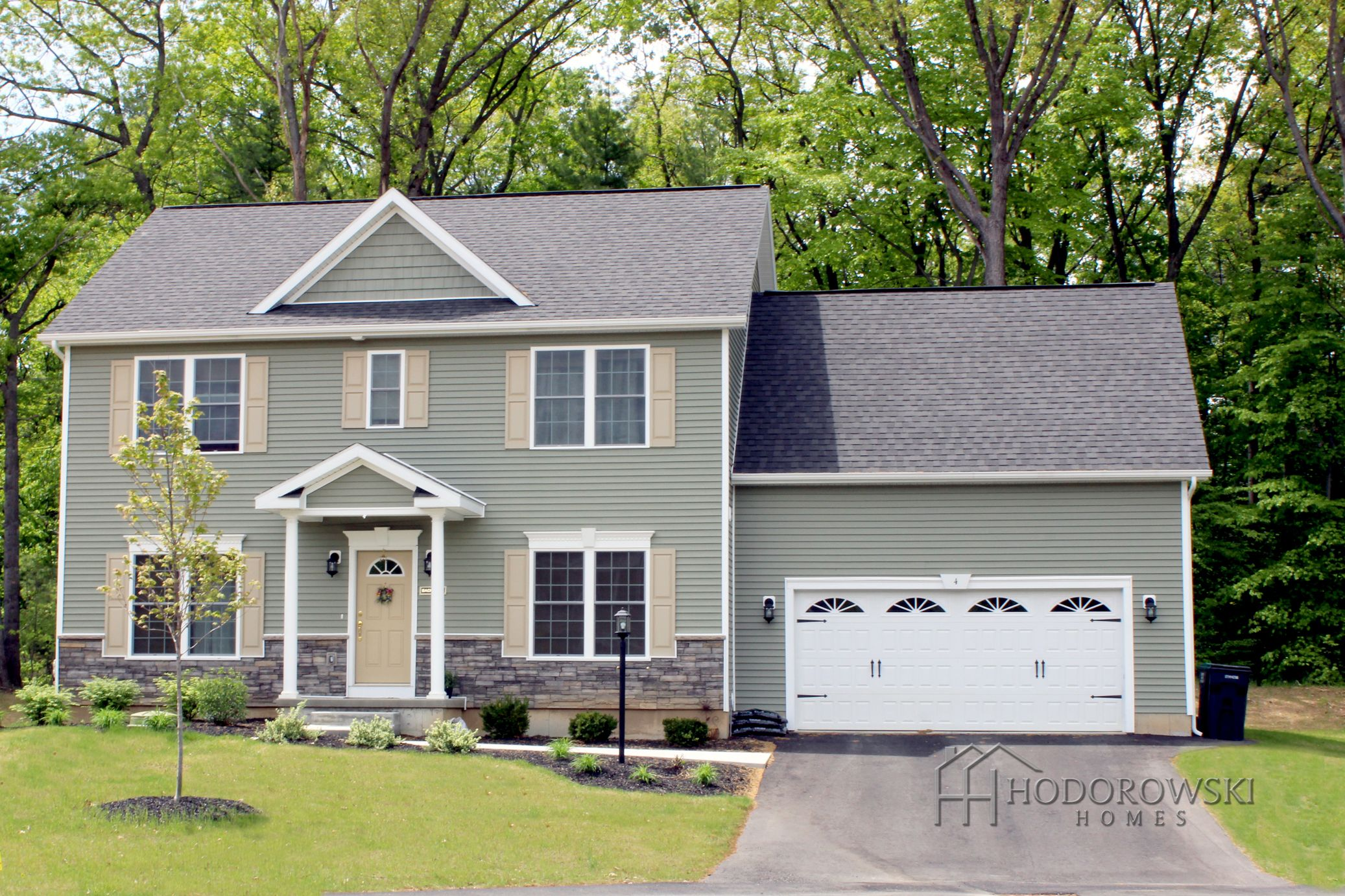 Check Out This Broadway Design With Meadow Vinyl Siding And