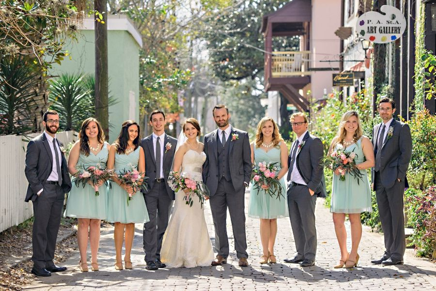 st augustine florida wedding party with mint bridesmaids