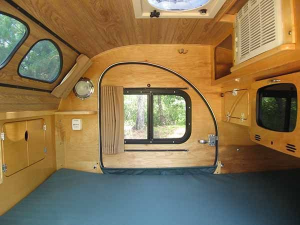 So Many Features I Love The Overhead Windows And The Shade To