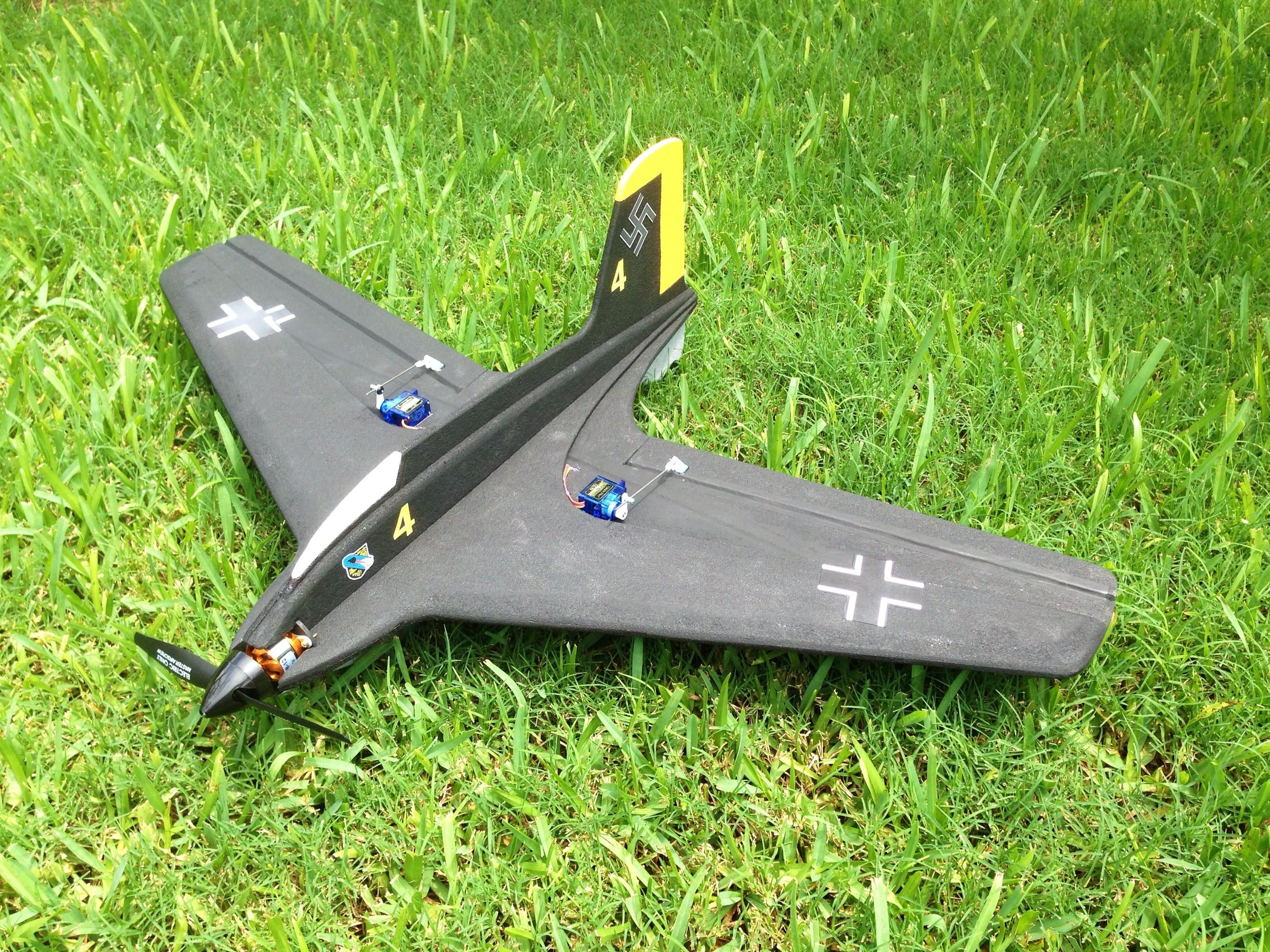 SEMFF WWII combat planes 31 designs with plans and video