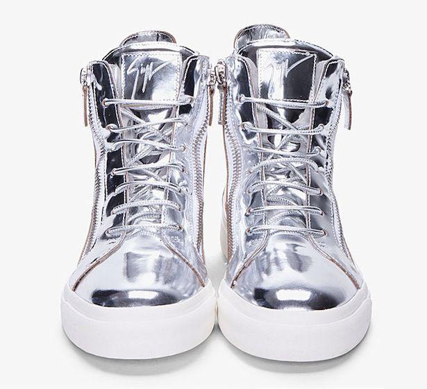 reputable site fe362 18f14 Metallic Sneakers, Silver Shoes, Armband, Mens Fashion, Fashion Tv, Fashion  Shoes