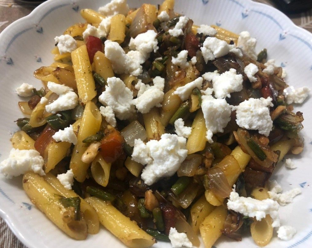Pasta De Lentejas Con Verduras Y Almendras Receta De Tasty Details Receta En 2020 Verduras Lentejas Con Verduras Comida Saludable