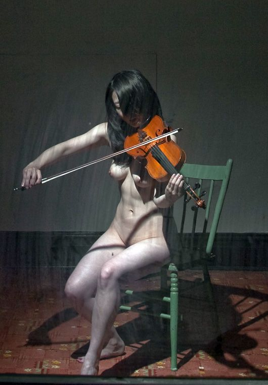 violin Naked asian