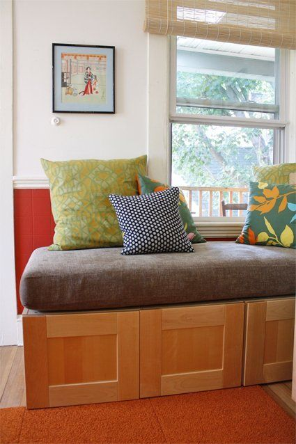 DIY: Using IKEA Cabinets for a Kitchen Storage Bench   Vitrinas ...