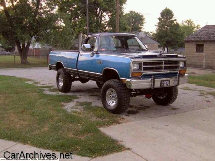 Old School Dodge Trucks Ram Dodge Trucks Dodge Ram Pickup