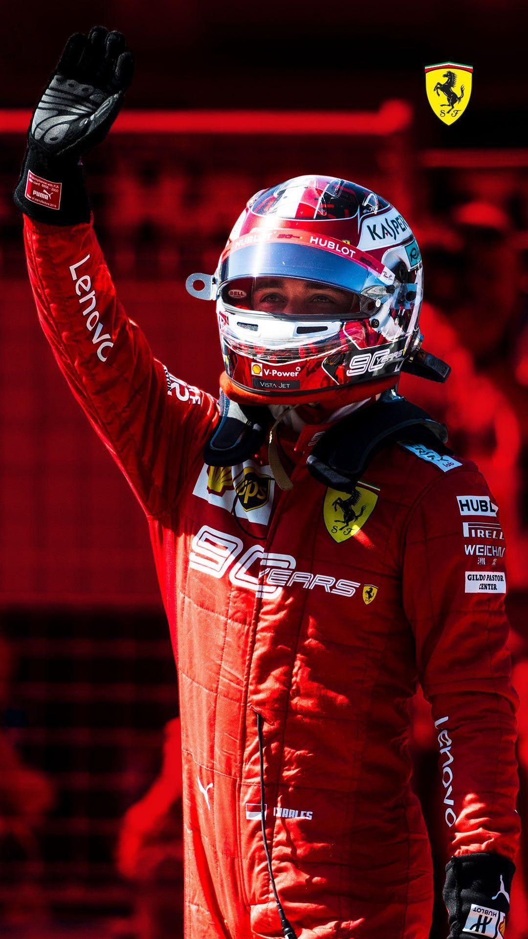 Scuderia Ferrari On Cosas De Coche Carreras De F1 Fondos De