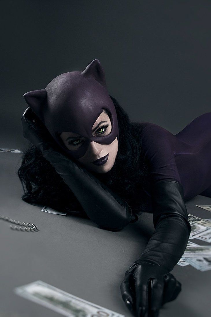 Character: Catwoman (Selina Kyle) / From: DC Comics \'Catwoman ...