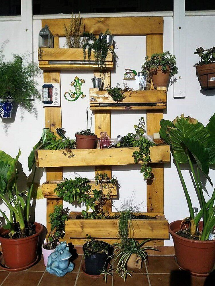 recreation ideas with old dumped wood pallets wood on extraordinary ideas for old used dumped pallets wood id=17298