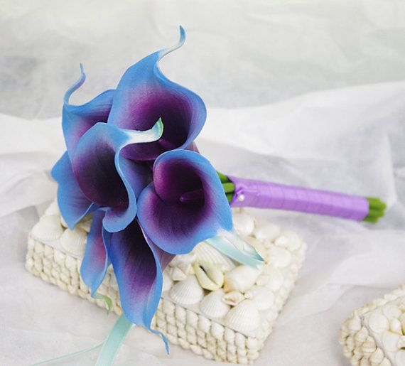 Silk Flower Wedding Bouquet Purple Blue Calla Lilies By Wedideas 48 00 Purple Wedding Flowers Silk Flower Wedding Bouquet Wedding Bouquets Purple Blue